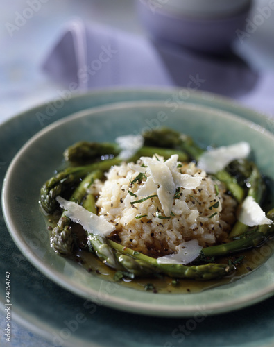 risotto with green asparagus and parmesan flakes