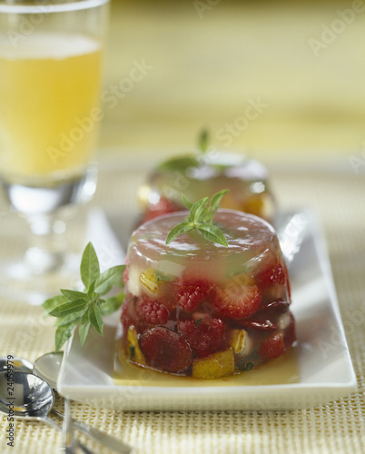 mixed fruit jelly