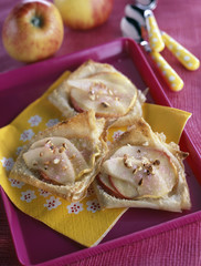 apple and pear filo pastry tartlets