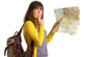 Frau ratlos mit Landkarte
