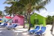 Leinwanddruck Bild - Bunte Strandhütten auf den Bahamas