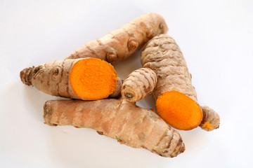 tumeric roots