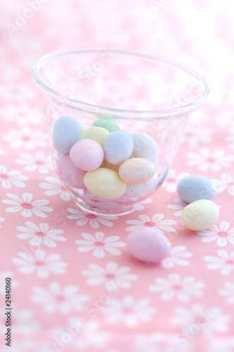 small sugar easter eggs