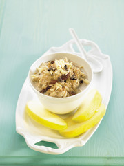 oatmeal with raisins and chocolate chips