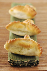 small spinch pies