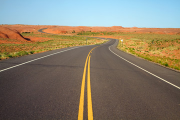 Winding road to canyon de chelly