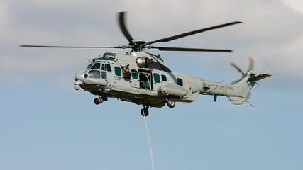 helicoptere de combat, evacuation de troupes