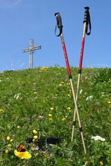 Wandern in den Bergen - Hiking in the Mountains