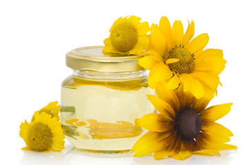 Cosmetic oil from yellow flowers