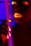 Frau im Schwarzlicht, Woman in blacklight poster