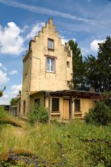 Spanischer Turm Rosenhöhe mit Garten