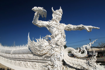 Big scapute in White Temple (rongkun),Chiang Rai, Thailandia.