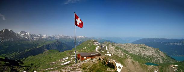 Faulhorn mit Sicht auf Eiger Mönch & Jungfrau und Brienzersee