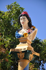 sculpture commémorative de la révolution française aux antilles