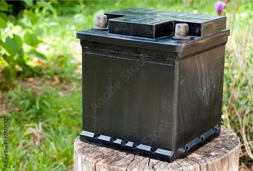 Leinwanddruck Bild Dumped battery