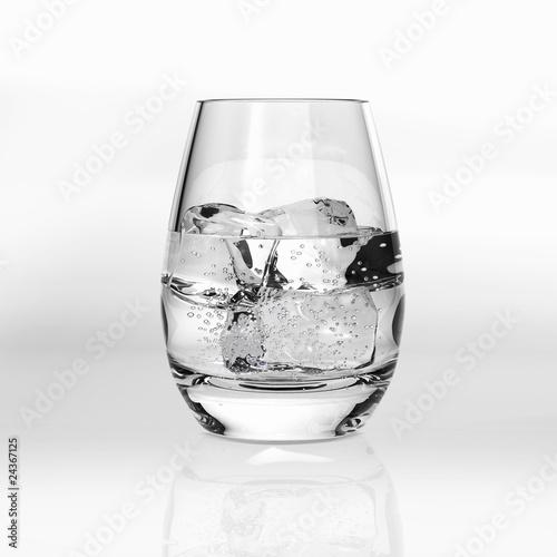 wasserglas mit eisw rfel von rakun lizenzfreies foto 24367125 auf. Black Bedroom Furniture Sets. Home Design Ideas
