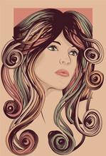 Красивая женщина с длинными волосами красочных