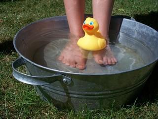 Fußbad mit gummiente