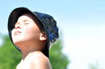 Kind in der Sonne