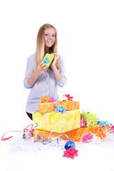 Frau und Geschenke