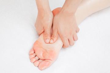 フットマッサージ Foot Massage