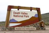Fototapety Entrance of the Death Valley national park, in California
