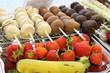 Früchte mit Schokoladenüberzug