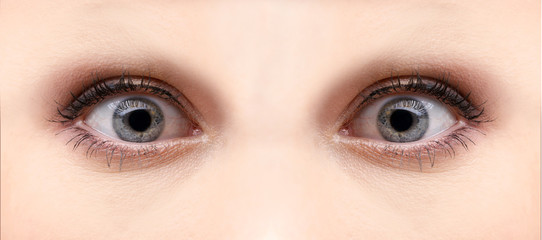 Beautiful micro shoot of  a lady´s eyes