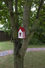 bird house waiting for new occupants.