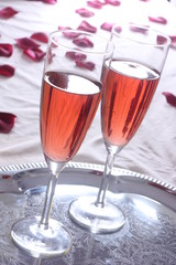 Red sparkling wine & Roses / Roter Sekt & Rosen