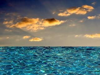 Ozean am Abend