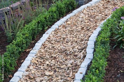 Gartengestaltung - 24564763