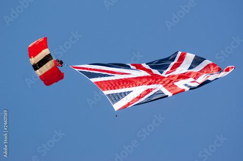 Farnborough Airshow 2010 - Red Devils 1