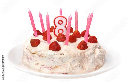 Torte mit 8 kerzen