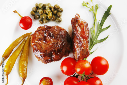 meat medallion with cherry tomatoes