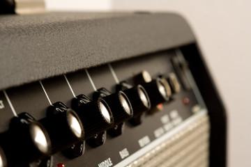 amplifier controls