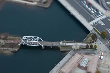 Brücke in Japan - Reale Tiltshift Aufnahme, kein Modell
