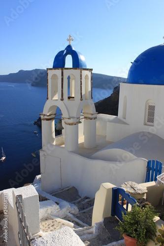 église et clocher d'oia