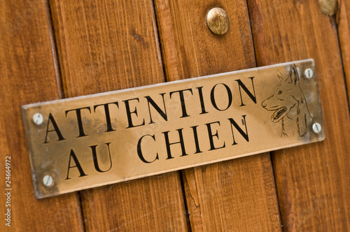 pancarte attention au chien