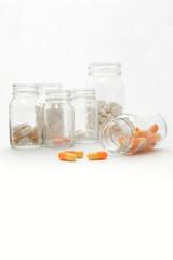 薬ビンと薬