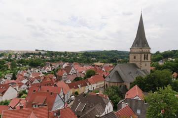 Warburg (Westfalen) Altstadt mit Kirchturm