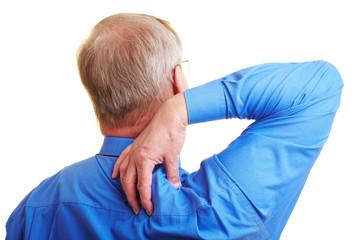 Mann massiert seine Schulter