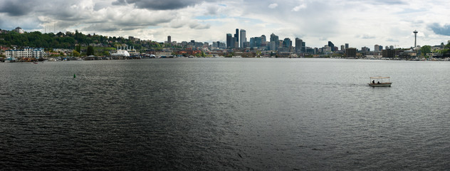 Seattle skyline across Lake Union