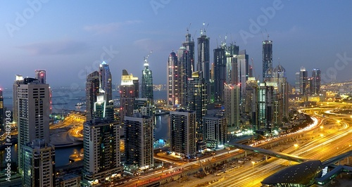 Fotobehang Dubai Bubai Marina Baustelle bei Nacht