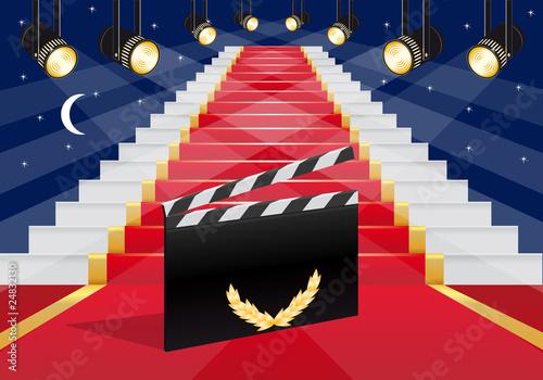 cinéma - escalier - tapis rouge - clap - réussite - succès - gloire - star - films - 24832130