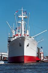 Die Cap San Diego im Hamburger Hafen