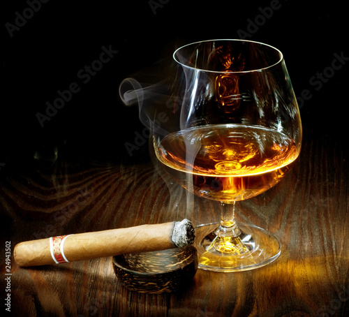 Canvas Bar Cigar And Cognac