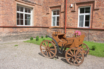 Little brown carriage