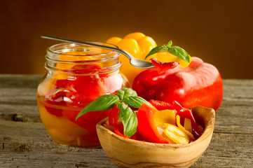 preserved pepper- conserva di peperoni