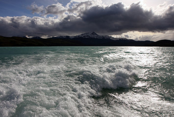 Bad weather at the lake of Torres del Paine